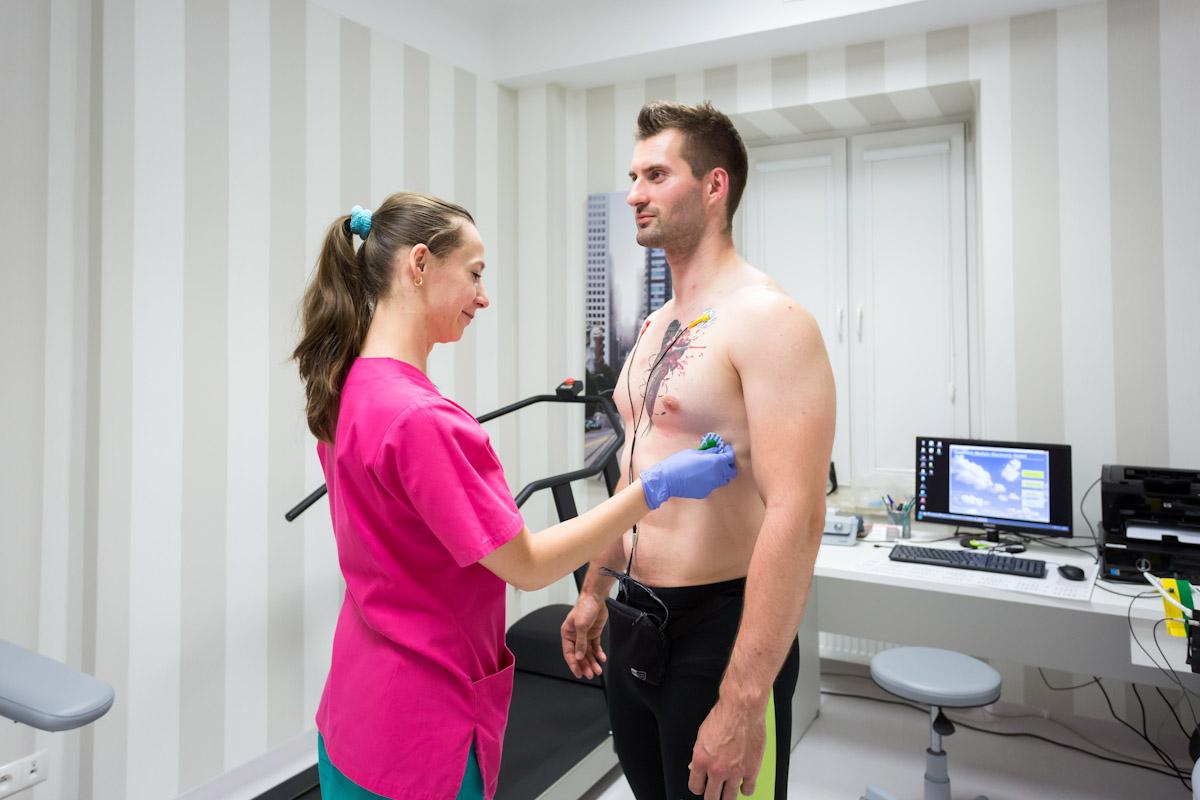 http://cardioteam.pl/uploads/images/Holter_EKG.jpg