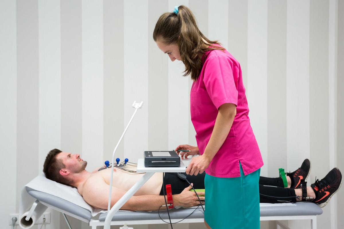 https://cardioteam.pl/uploads/images/EKG.jpg